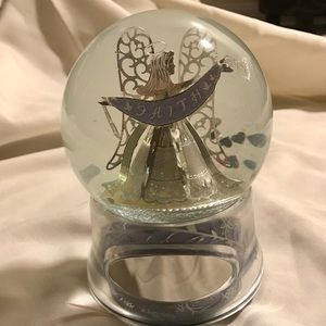 NIB- Things Remembered musical snow globe